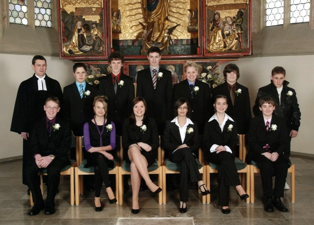 Kleid zur konfirmation kleid zur konfirmation kan man - Kleidung konfirmation ...